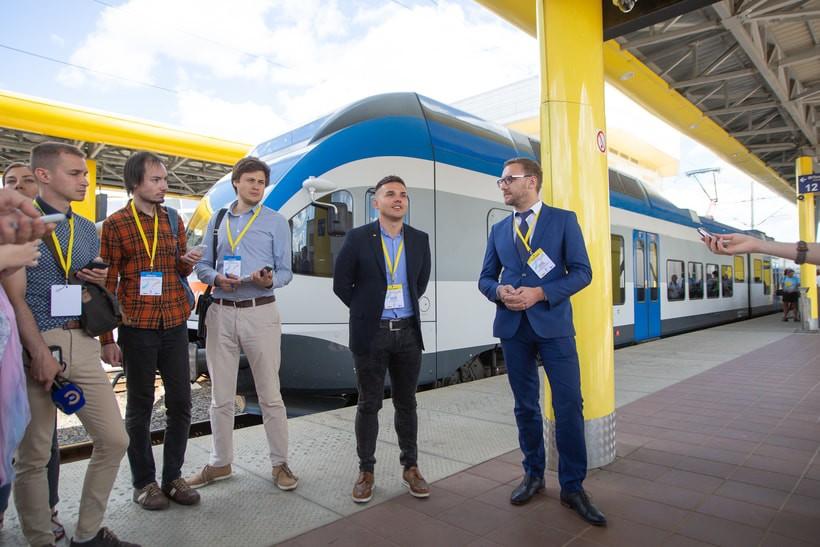 velcom и БЖД обещают бесплатный Wi-Fi в поездах и устойчивое 3G-соединение