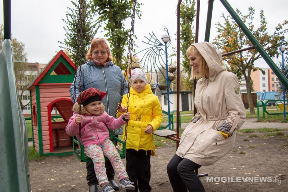Необычный формат патроната над сиротами получил развитие в Бобруйске