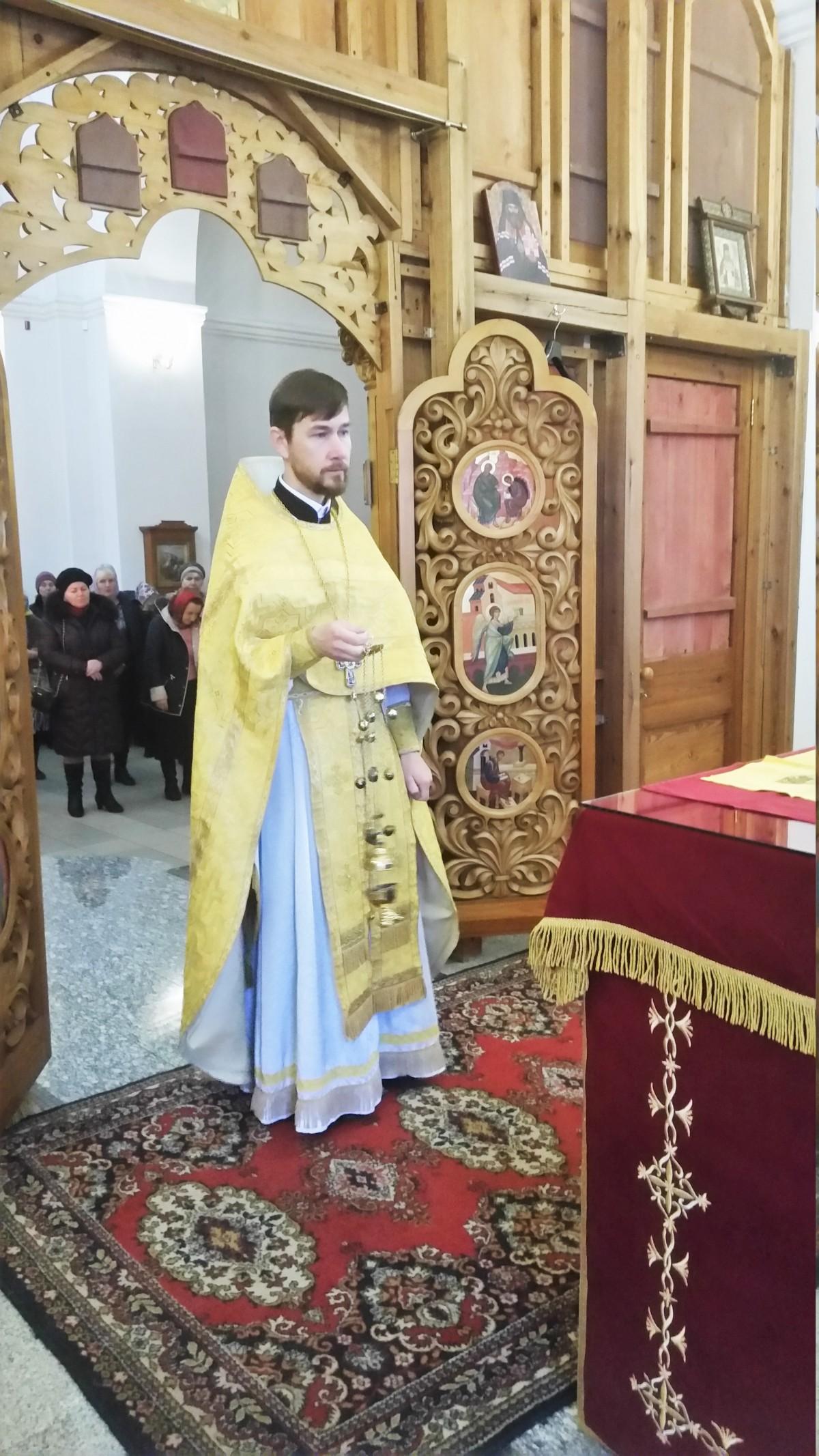 Во всех храмах Бобруйской епархии прошли жертвах дорожно-транспортных происшествий