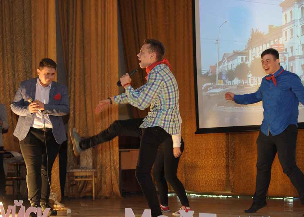 Команда «Непохожие» заняла 3 место в юмористическом фестивале Stand UP
