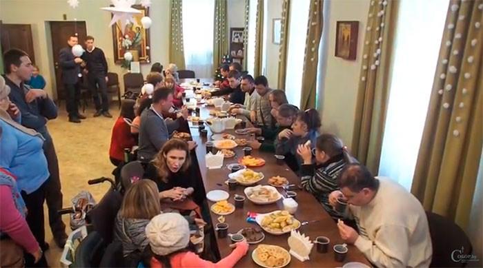 Центр «Покрова» организовал в Бобруйске площадку для встреч людей с ограниченными возможностями