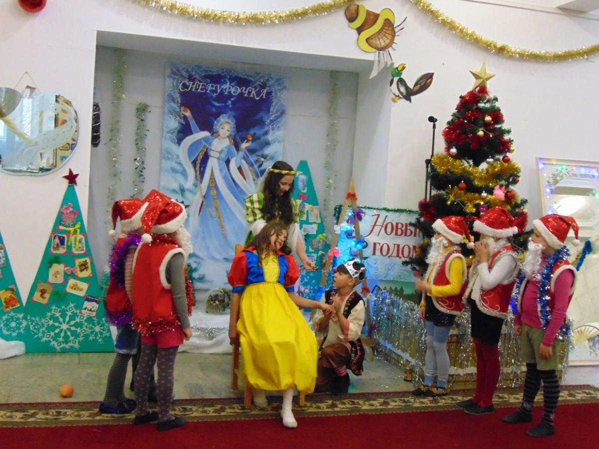 «Волшебство в мире зеркал» увидели юные бобруйчане в Центре досуга и творчества