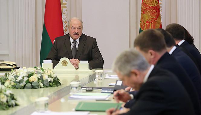 Лукашенко поручил найти альтернативную нефть