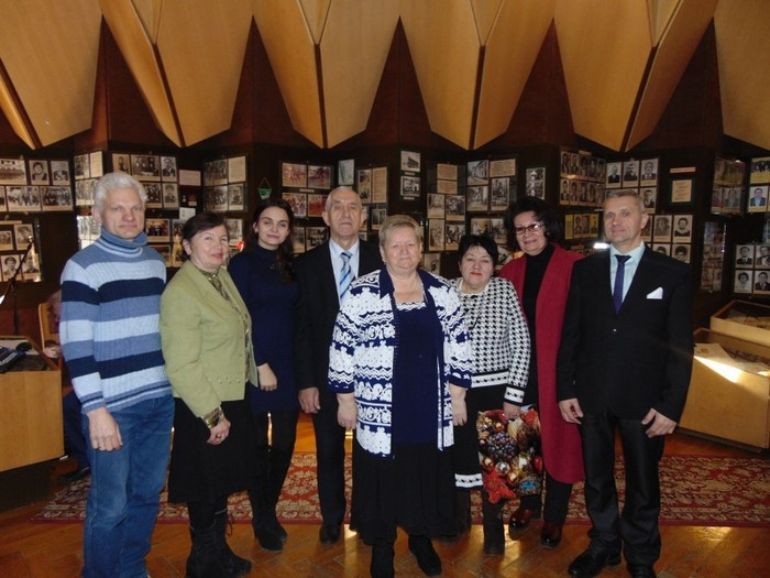 Профсоюз ОАО «ФанДОК» поздравили ветеранов предприятия