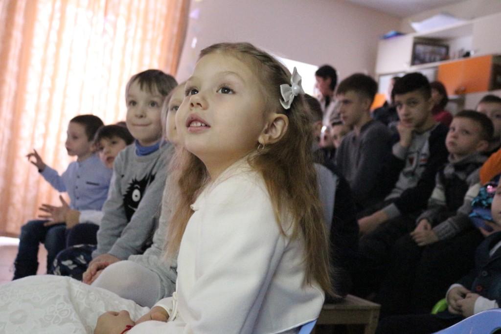 Рождественский утренник для детей и их родителей прошел в Николо-Софийском храме