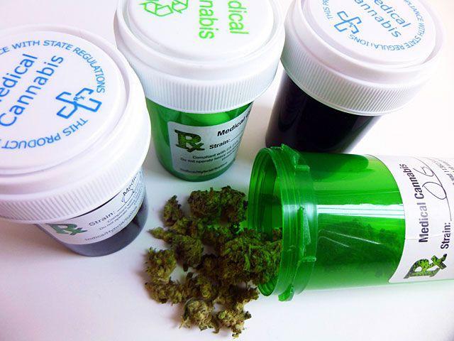 В польских аптеках начали продавать марихуану