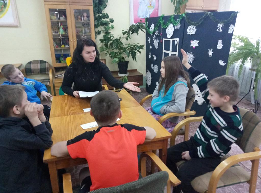 Члены бобруйского клуба «Подросток» вели дискуссию о здоровом образе жизни