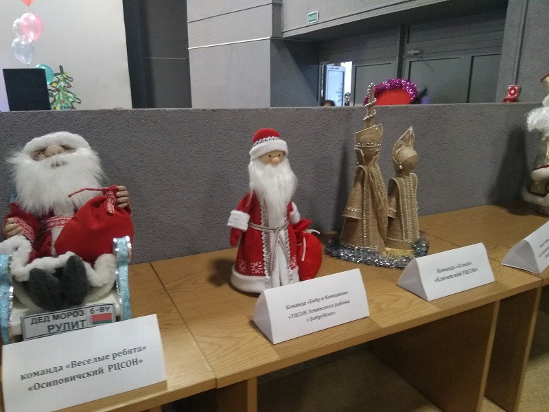 Рождественское оливье-мюзикл-шоу ждало бобруйчан в Кировске