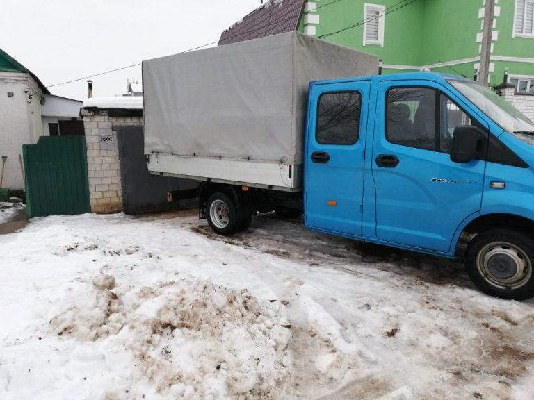 Около полусотни мешков комбикорма и ячменя вывез житель Бобруйска с территории предприятия, где работает водителем