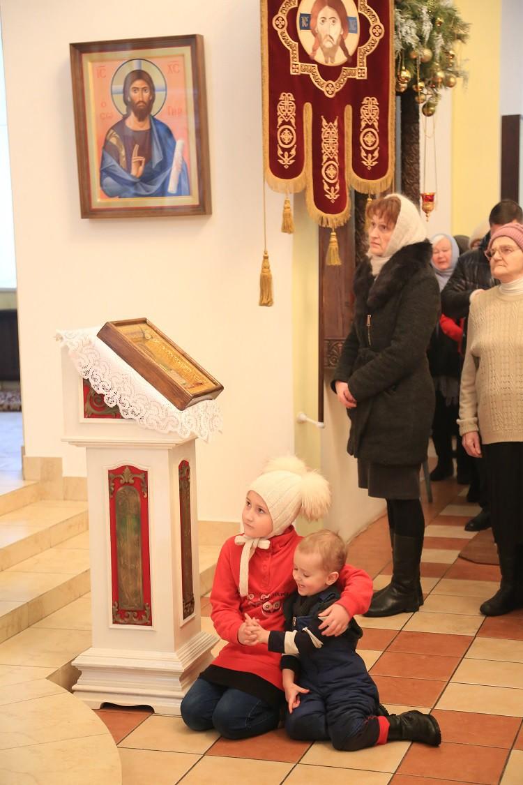В день отдания праздника Богоявления епископ Серафим совершил Божественную литургию в Никольском соборе Бобруйска
