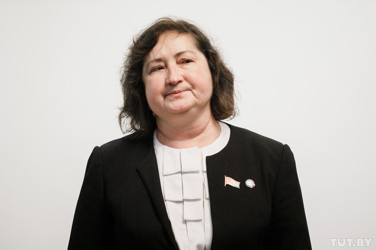 Депутат Елена Анисим решила пойти в президенты Беларуси