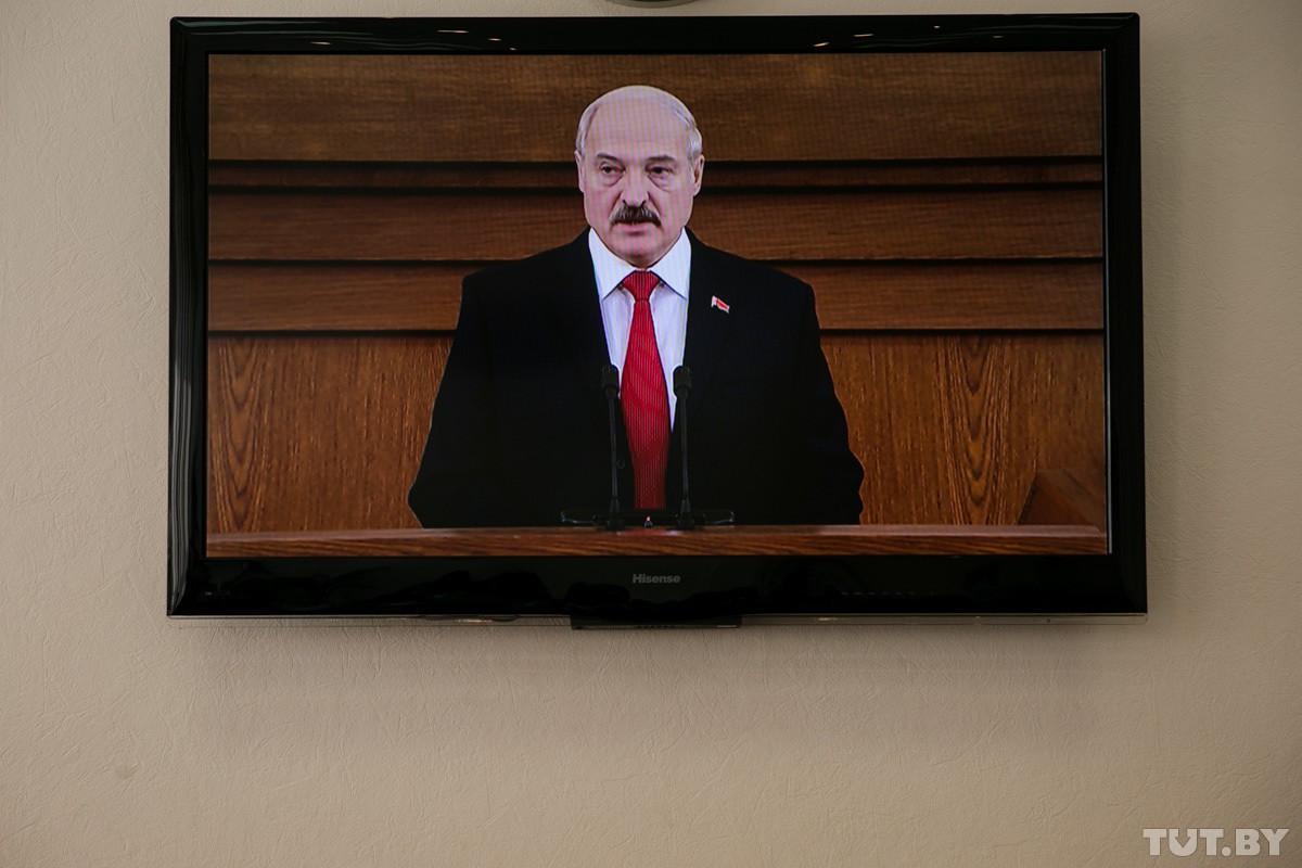 Лукашенко: Любая холодная или тем более горячая война начинается с информационного давления