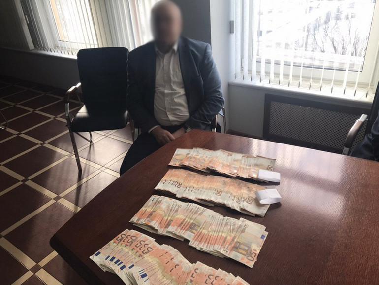 За получение взятки в 20 тысяч евро задержан гендиректор «Минского завода шестерен»