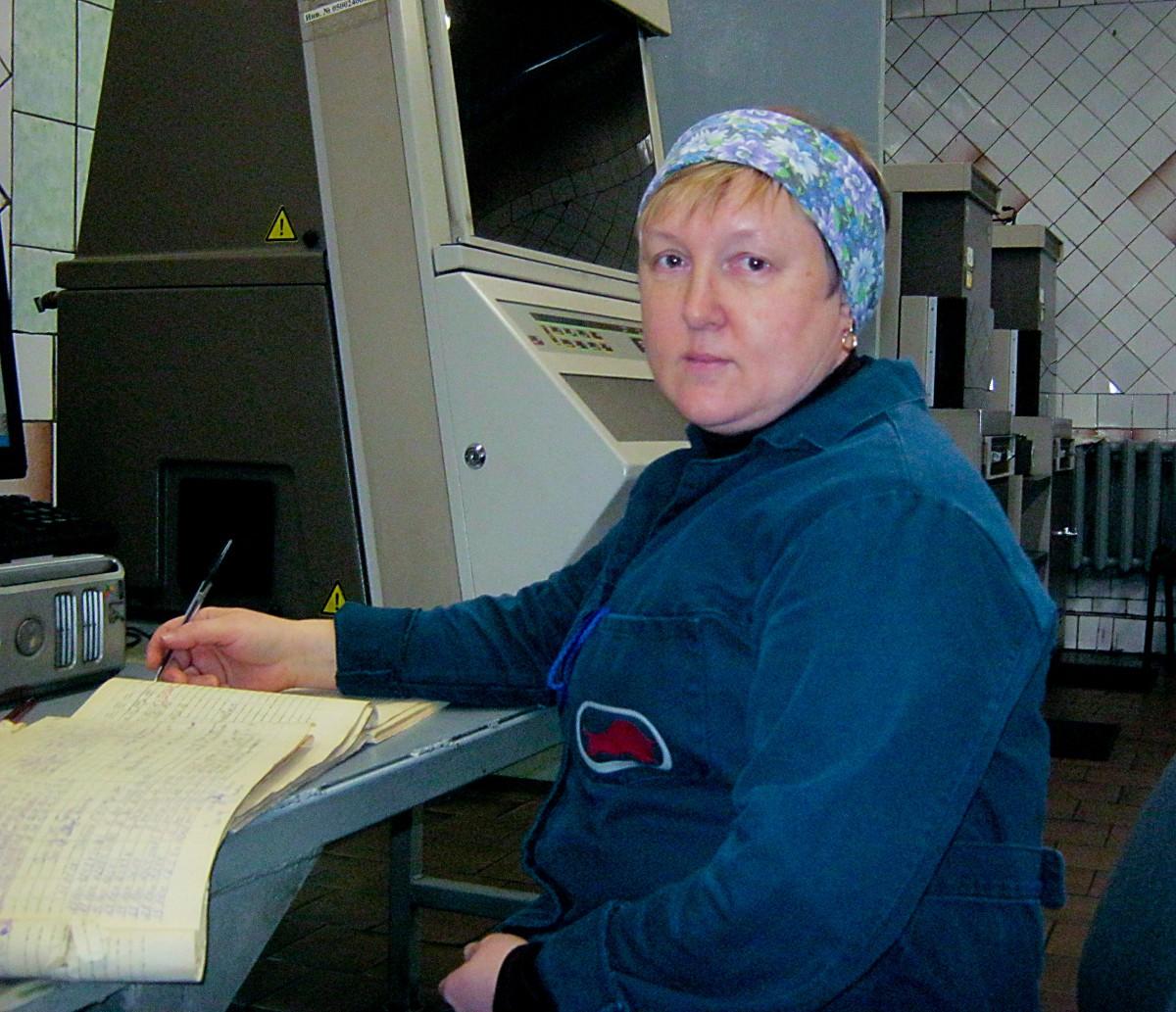 В такие же февральские дни 1989 года начала работать контрольная лаборатория подготовительного цеха ЗСКГШ ОАО «Белшина», значит это структурное подразделение «Белшины» отмечает 30-летний юбилей.