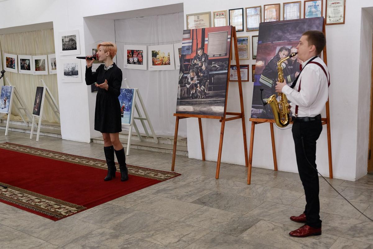 В рамках очередного этапа пропагандисты МЧС встретились с учащимися Лесотехнического колледжа в Центре досуга и творчества Бобруйска.