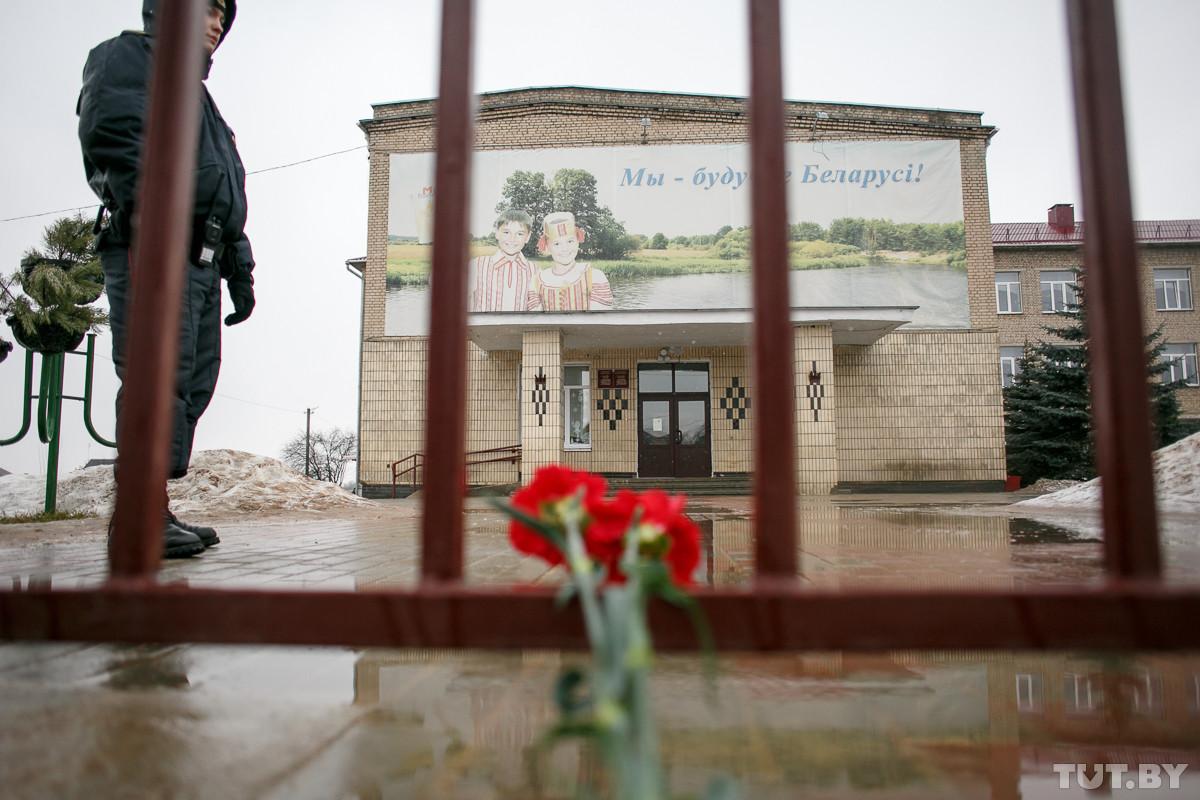 Школьник, подозреваемый в нападении в школе в Столбцах, отказывается от дачи показаний