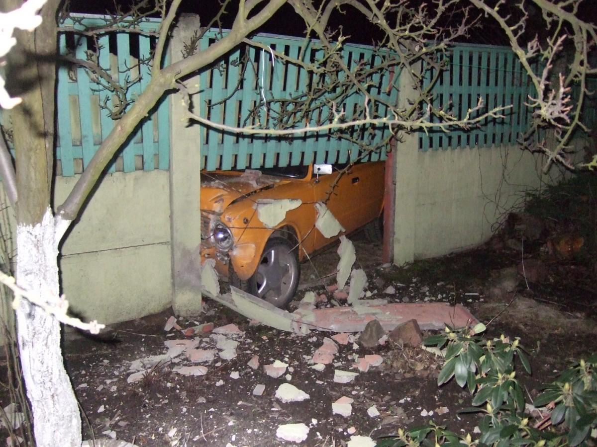 В Бобруйске мужчина угнал «жигули» и разбил их через сто метров