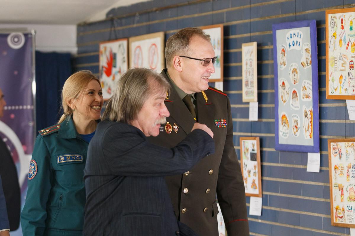 Итоги XXI смотра - конкурса «Спасатели глазами детей»