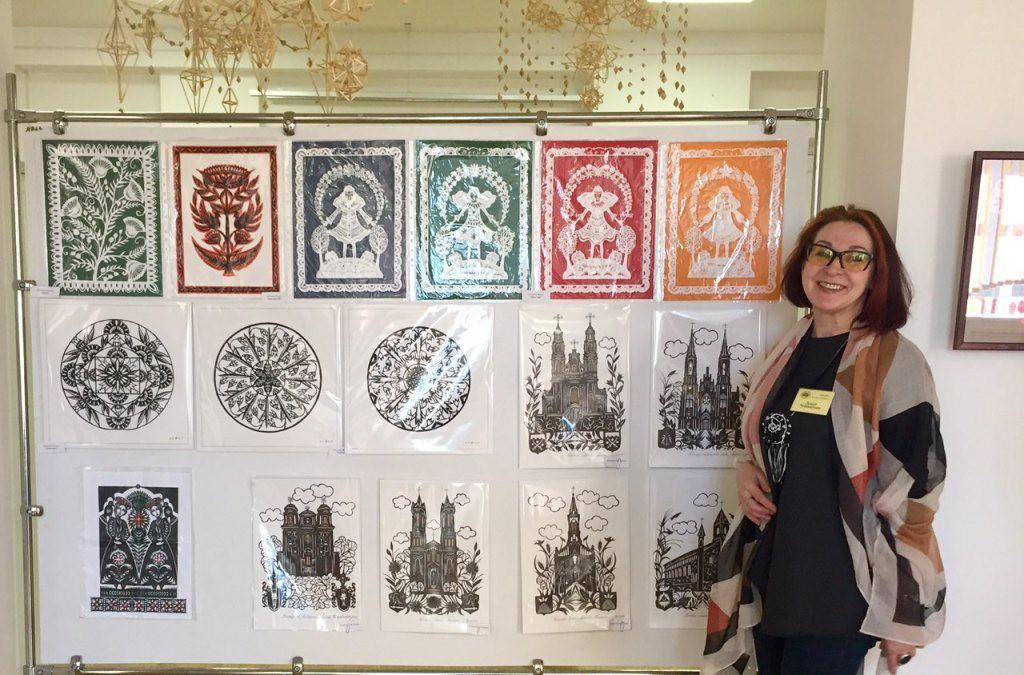 В творческом форуме по вытинанке участвовали мастера из Бобруйска