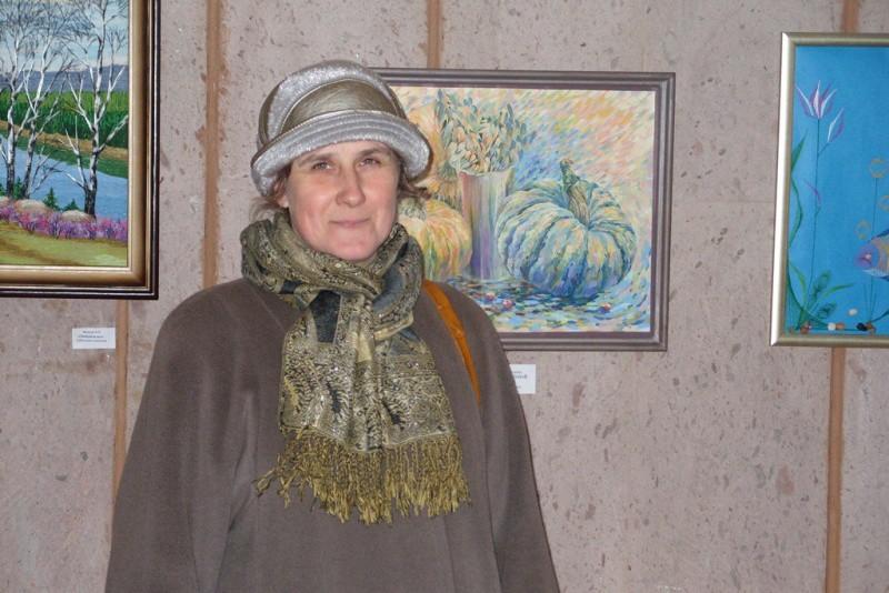 Выставка Елены Нелюбиной «Элегия» проходит во Дворце искусств Бобруйска.
