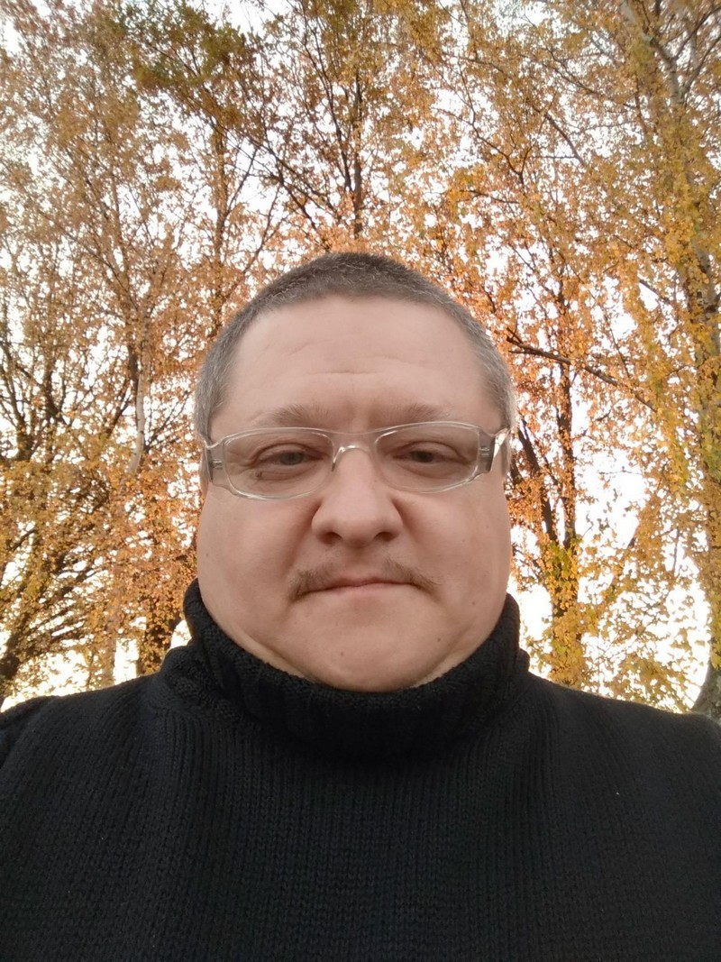 Поэт, композитор Виталий Иванов: Гены пальцами не задушишь, талант, если есть, не пропьешь….