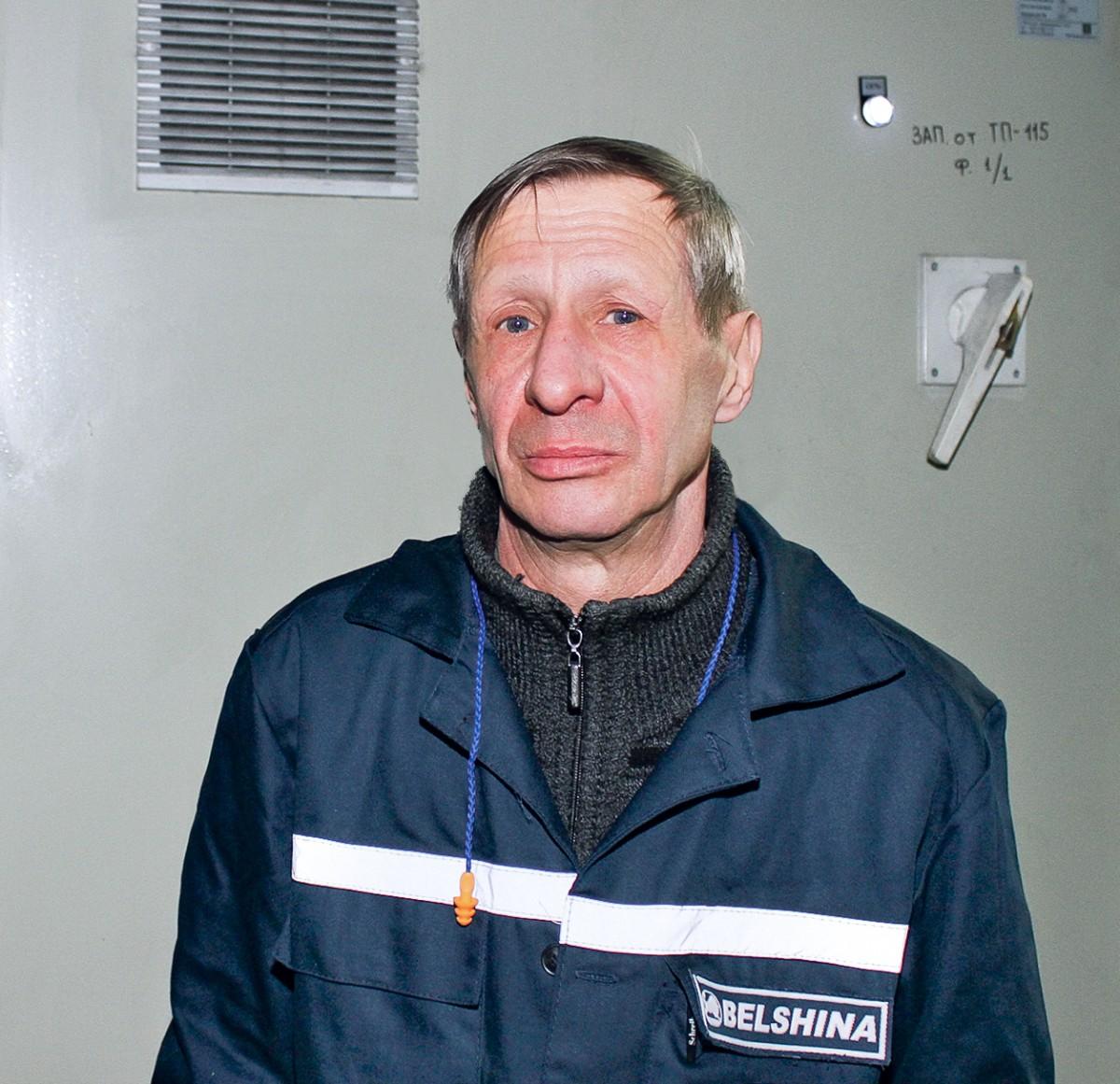 Мы знакомим вас с человеком, чья фотография украшает главную аллею трудовой славы ОАО «Белшина» – слесарем-ремонтником опытно-исследовательского цеха Анатолием Михайловичем Саковичем.
