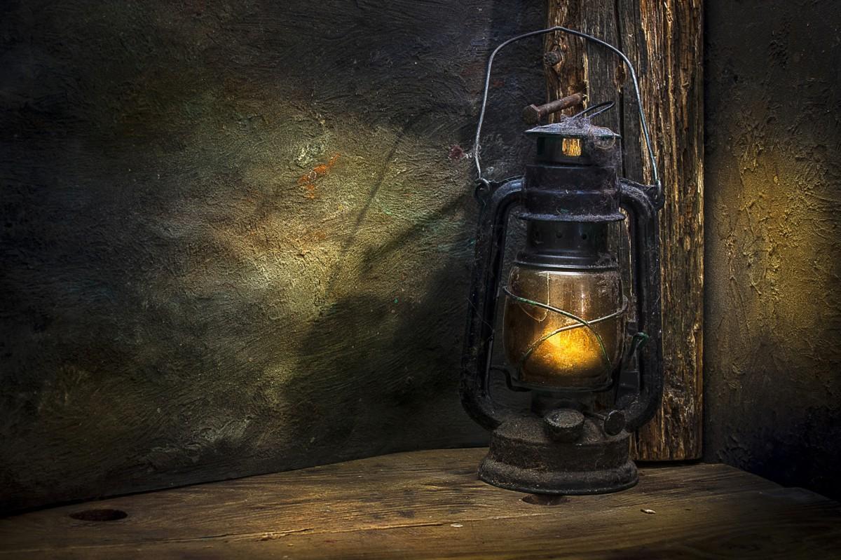 С керосиновыми лампами и по деревне, которой нет. Какие бесплатные экскурсии пройдут по всей области