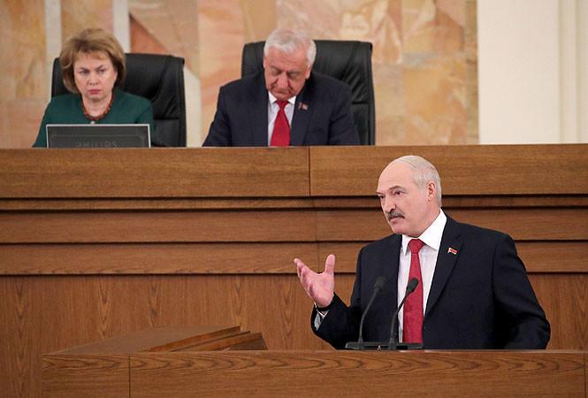 19 апреля Лукашенко выступит с ежегодным посланием. Пять тем, которые он не должен пропустить