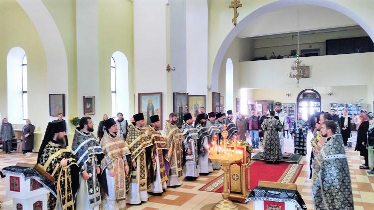 Епископ Серафим возглавил соборное служение духовенства Бобруйской епархии