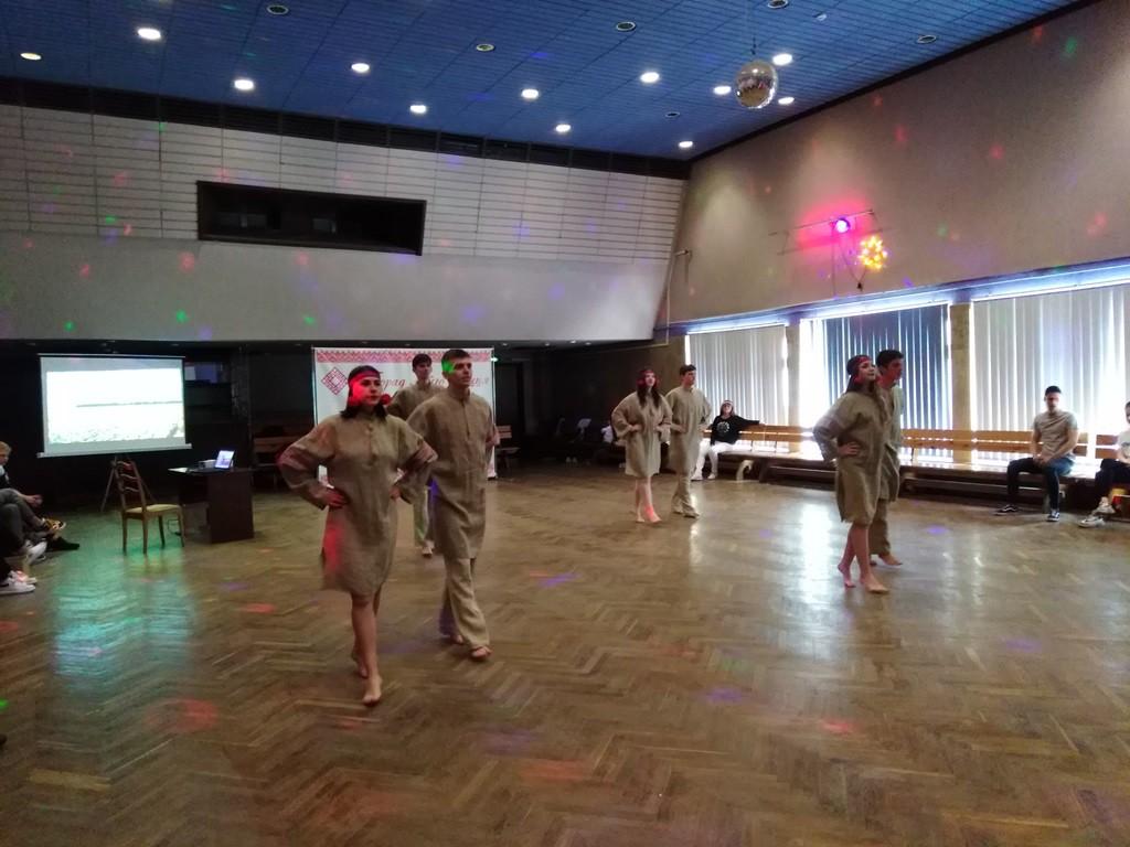 Марафон танцев, веселья и хорошего настроения прошел во Дворце искусств