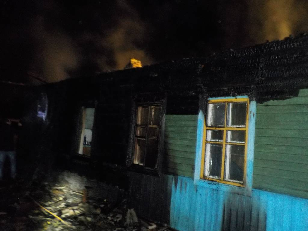 Сгорел дом на районе
