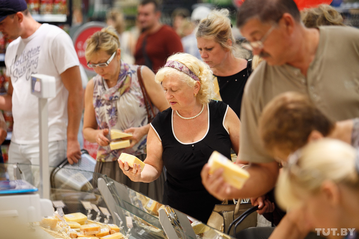 Продовольственная дефляция: на что упали цены в Беларуси