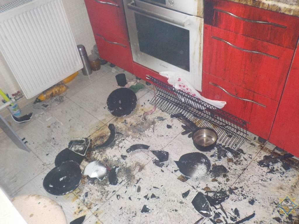 В Бобруйске случился пожар из-за банки с краской в ковшике