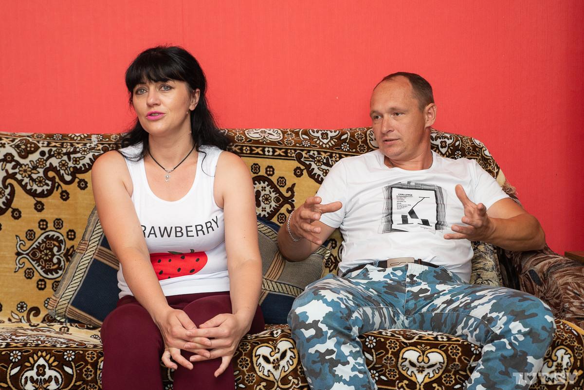 «Вдруг все отменят?» Семья из Бобруйска хотела приобретать машину в рассрочку, а получила задаром