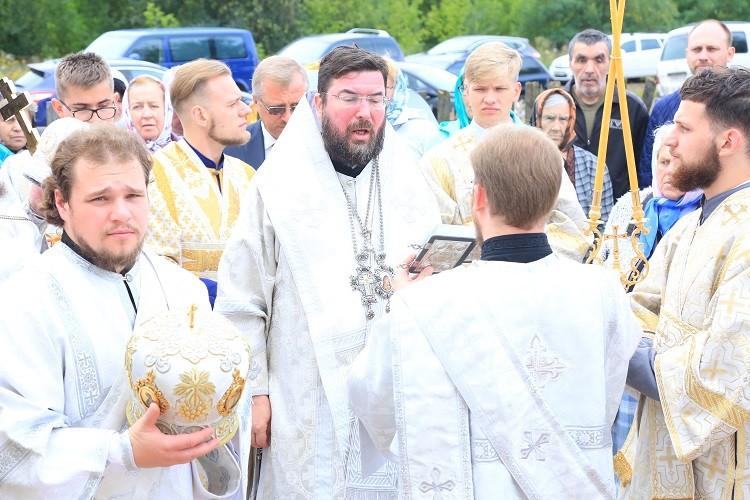 В день своего тезоименитства епископ Серафим совершил освящение храма в честь преподобного Серафима Саровского