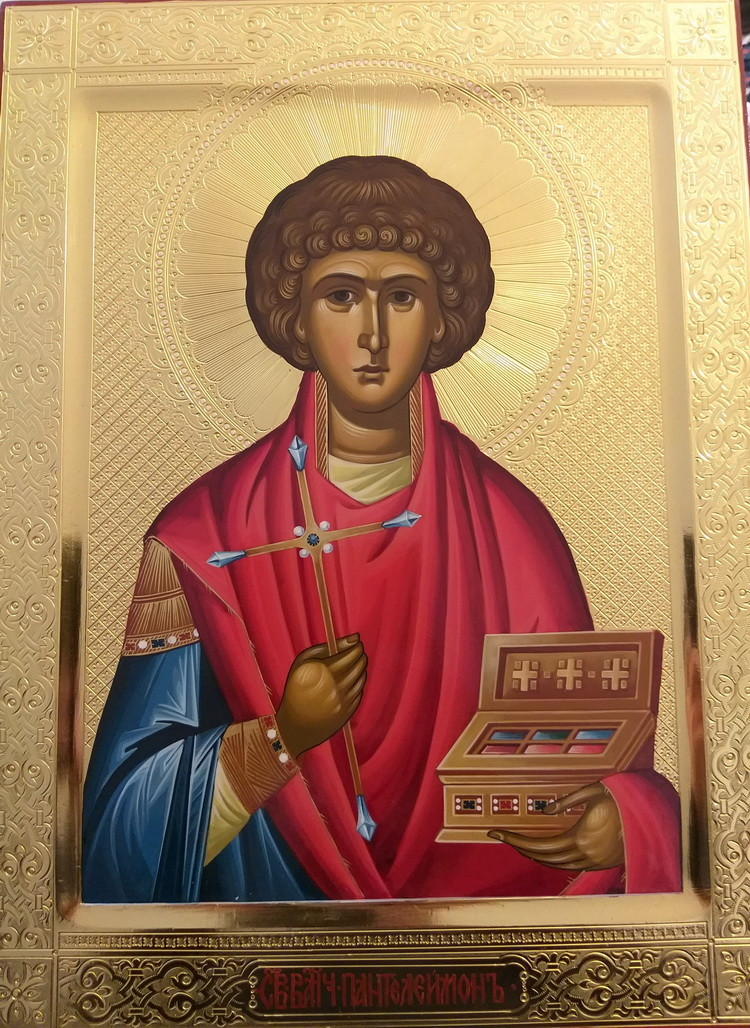 В Иверский храм прибудет икона великомученика Пантелеймона