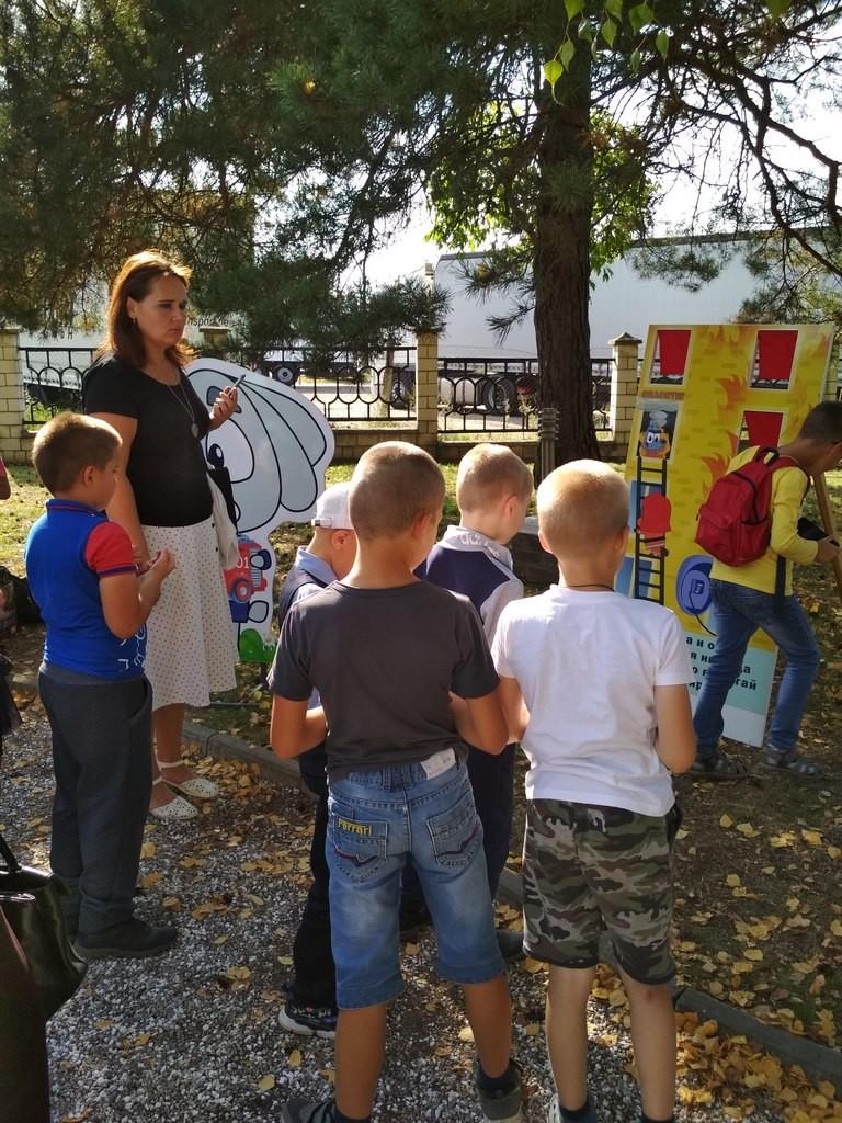 «Росы» и «Очаровашки» представили яркие номера о Беларуси