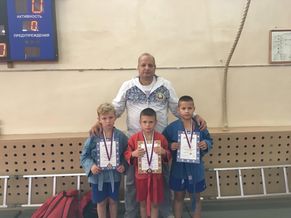 11 медалей завоевали бобруйские «динамовцы» на  турнире по самбо «Бородино-2019»
