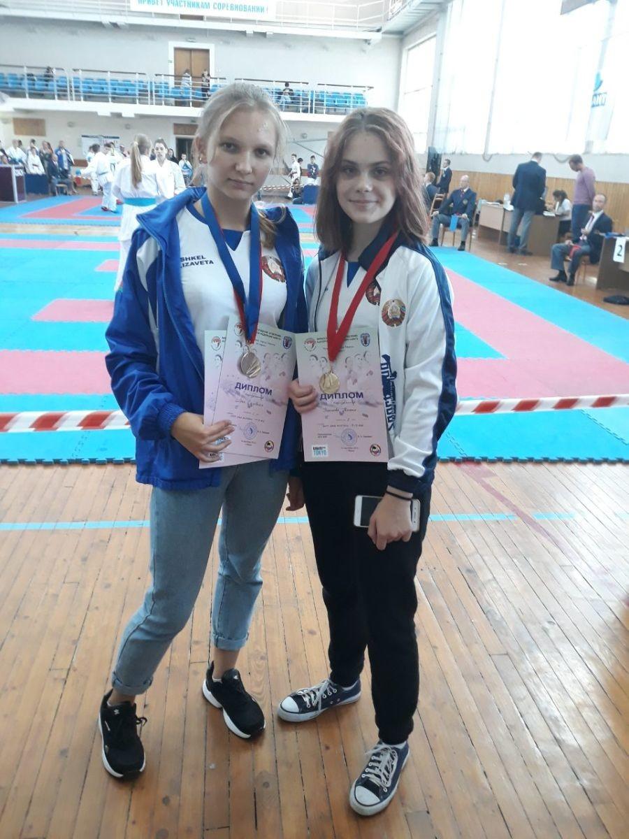 Каратисты бобруйского тренера завоевали 11 медалей на первенстве столицы