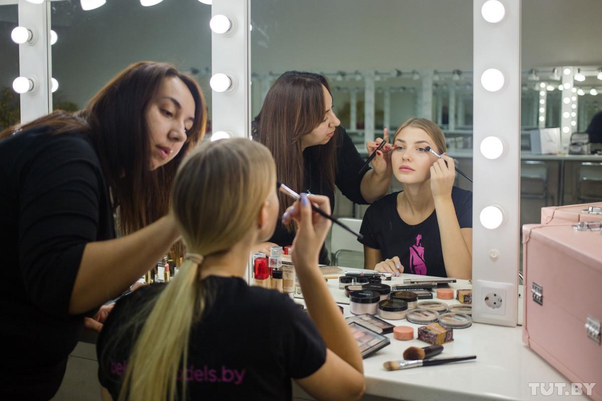 «Дочь священника на конкурсе красоты — как это?». «Одно утро» с участницей Miss International от Беларуси бобруйчанкой Марией Первий