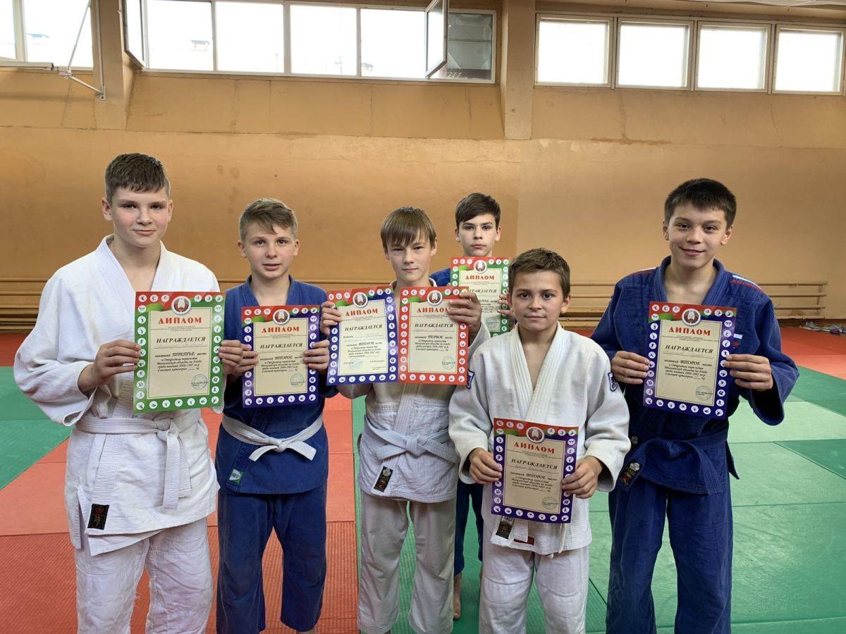 Спартаковские дзюдоисты отметили «День тренера» на десять