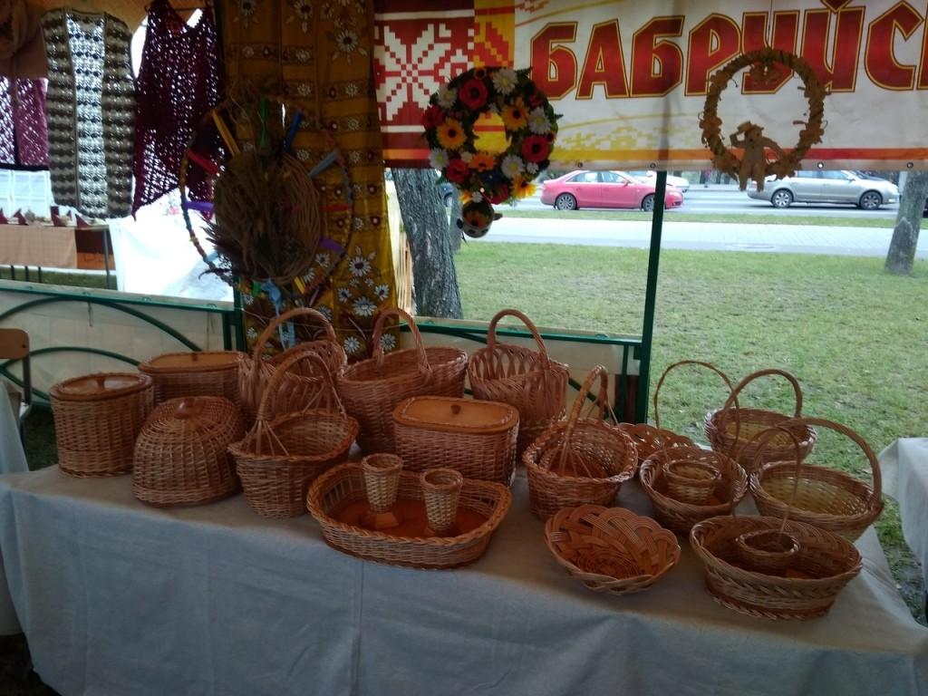 Бобруйские мастера приняли участие в областных «Дожинках»