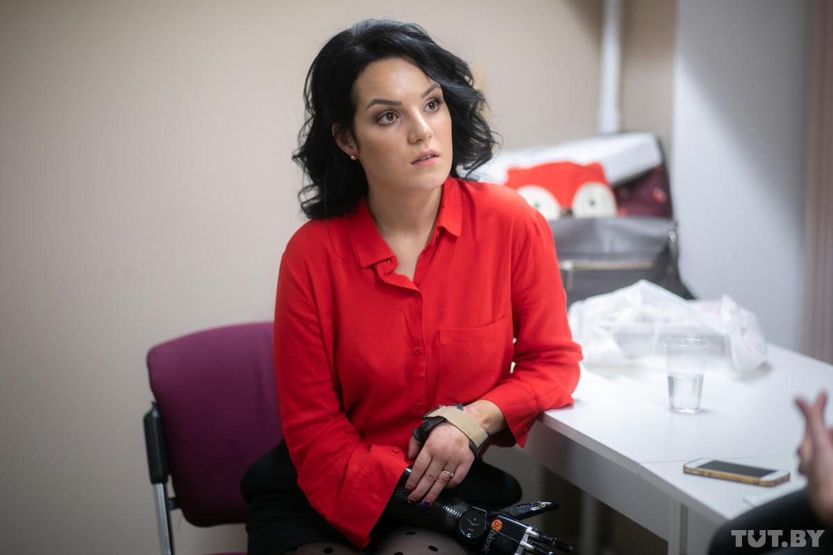 «Мне можно дарить розы с шипами!» Мама-трансформер Рита Грачева, которой муж отрубил руки, о новой жизни