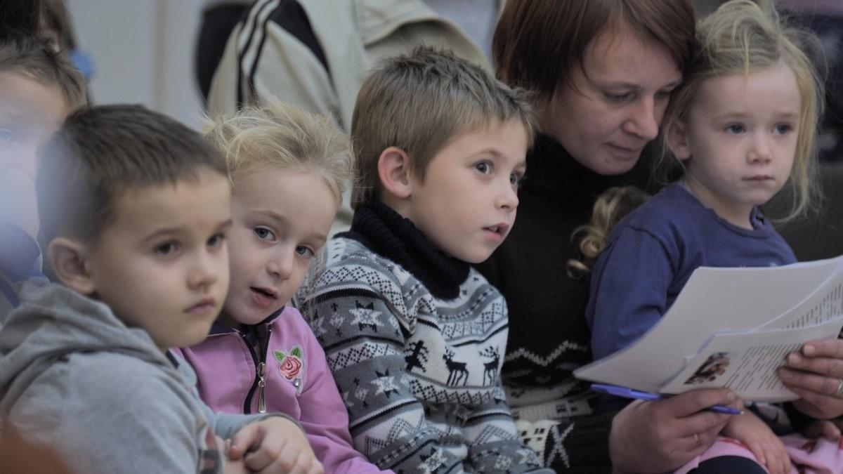 ВБобруйске прошел Литературно-духовный вечер «Семью сплотить сумеет мудрость книги!»