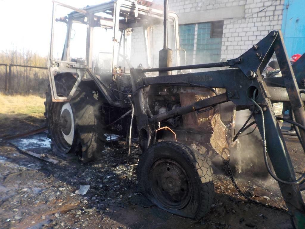 Трактор горел в поселке Юбилейном