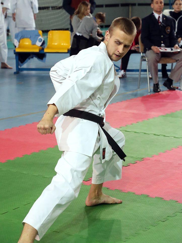 Бобруйский спортивный клуб «Восточный ветер» принял участие в чемпионате страны и соревнованиях «Белые Росы»