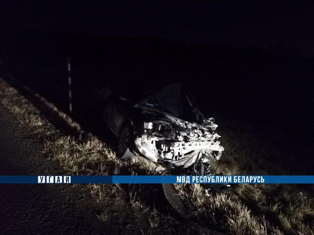 На М1 в ДТП погибла пассажирка: водитель сдавал назад, когда в авто влетел VW. За рулем был 50-летний бобруйчанин