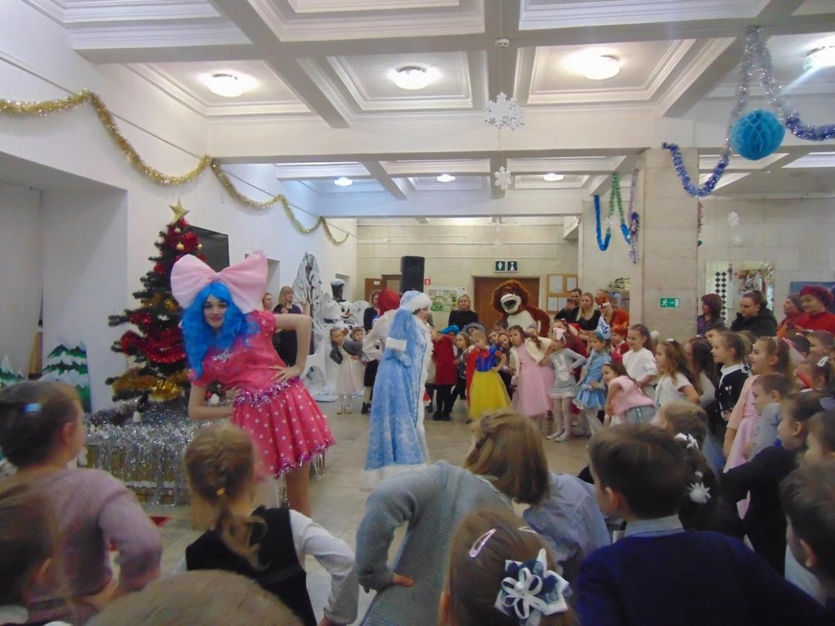 «Лаборатория танца» провела урок новогоднего волшебства