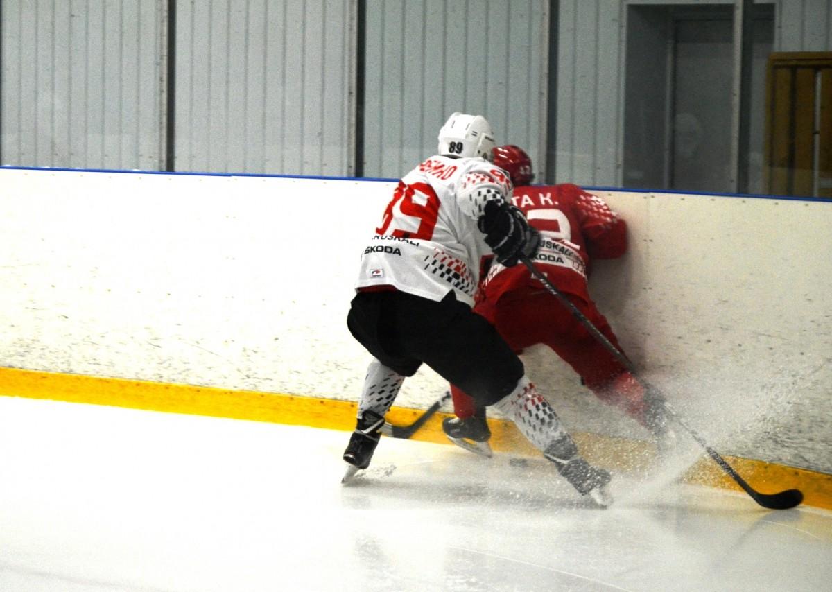 Беларусь U18 – «Бобруйск»: юниоры провалились в концовке и упустили победу