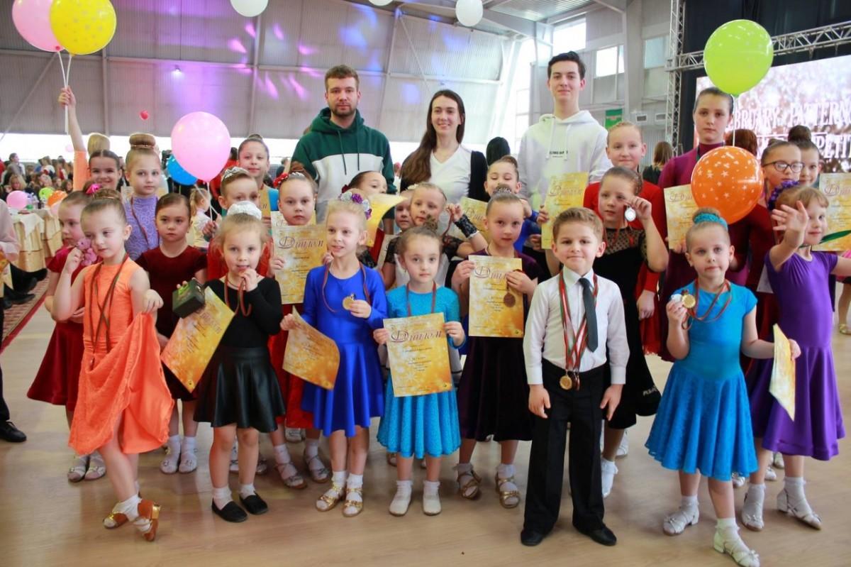 первый спортивный танцевальный разряд в 5 лет